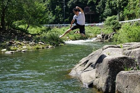 jump-b.jpg